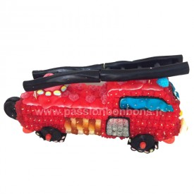 Camion de pompiers en bonbons
