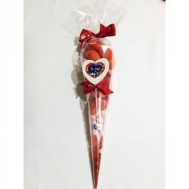 Un cornet garni de bonbons pour la Saint Valentin