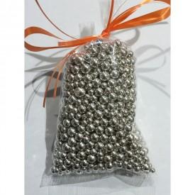 Petites perles argentées pour les baptèmes mariages